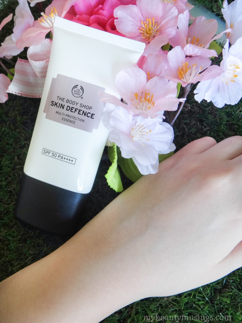 The Body Shop Skin Defence Multi-Protection Essence SPF 50